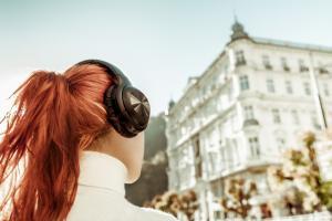 Słuchawki z mikrofonem Bluetooth nauszne ANC (z technologią tłumienia dźwięków otoczenia) BH316