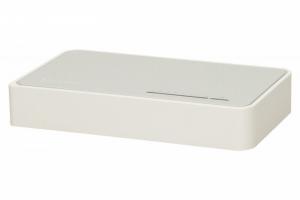 SF1008D switch L2 8x10/100 Desktop