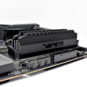DDR4 Viper 4 Blackout 16GB/3200(2*8GB) Black CL16