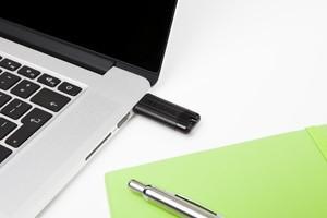 Pendrive PinStripe USB 3.0 Drive 64GB czarny