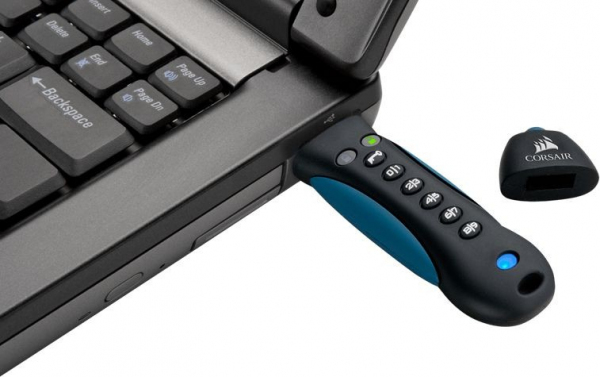 PADLOCK 3 16GB USB3.0 keypad, Secure 256-bit hardware AES encryption